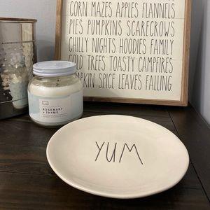 NWT Rae Dunn YUM Plate